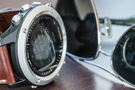 Garmin D2 Bravo - aviator watch